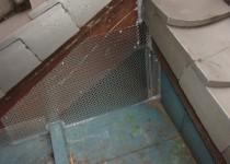 屋根の侵入口(1)
